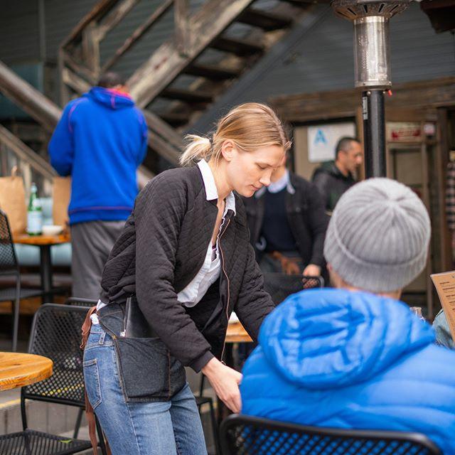 Monday's are easier at Home. 😊 #outdoordininglife #urbanoasis #thereisnoplacelikehome .  . . . . . #patiodecor #patiodining #patiotime #patiovibes #outdoordesign #eatoutside #eatathome #losfeliz #hilhurst #fountainview #outdoorlighting #trythisathome #homecookedmeal #homefurnishings #homefood #restaurantdceor #restaurantdesign #restaurantbar #restauranthunt #restaurantsofinsta #dineout #dinela #losangelesfood #losangeleseats #losangeleslife #losangelesfoodie #comehome