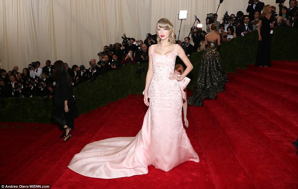 Taylor Swift in Oscar de la Renta at the Met Gala