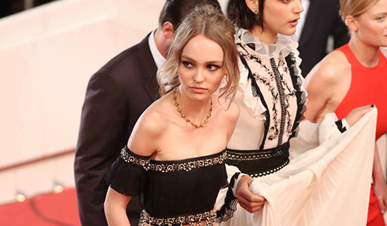 lily_rose_depp_cannes_2016-1.png