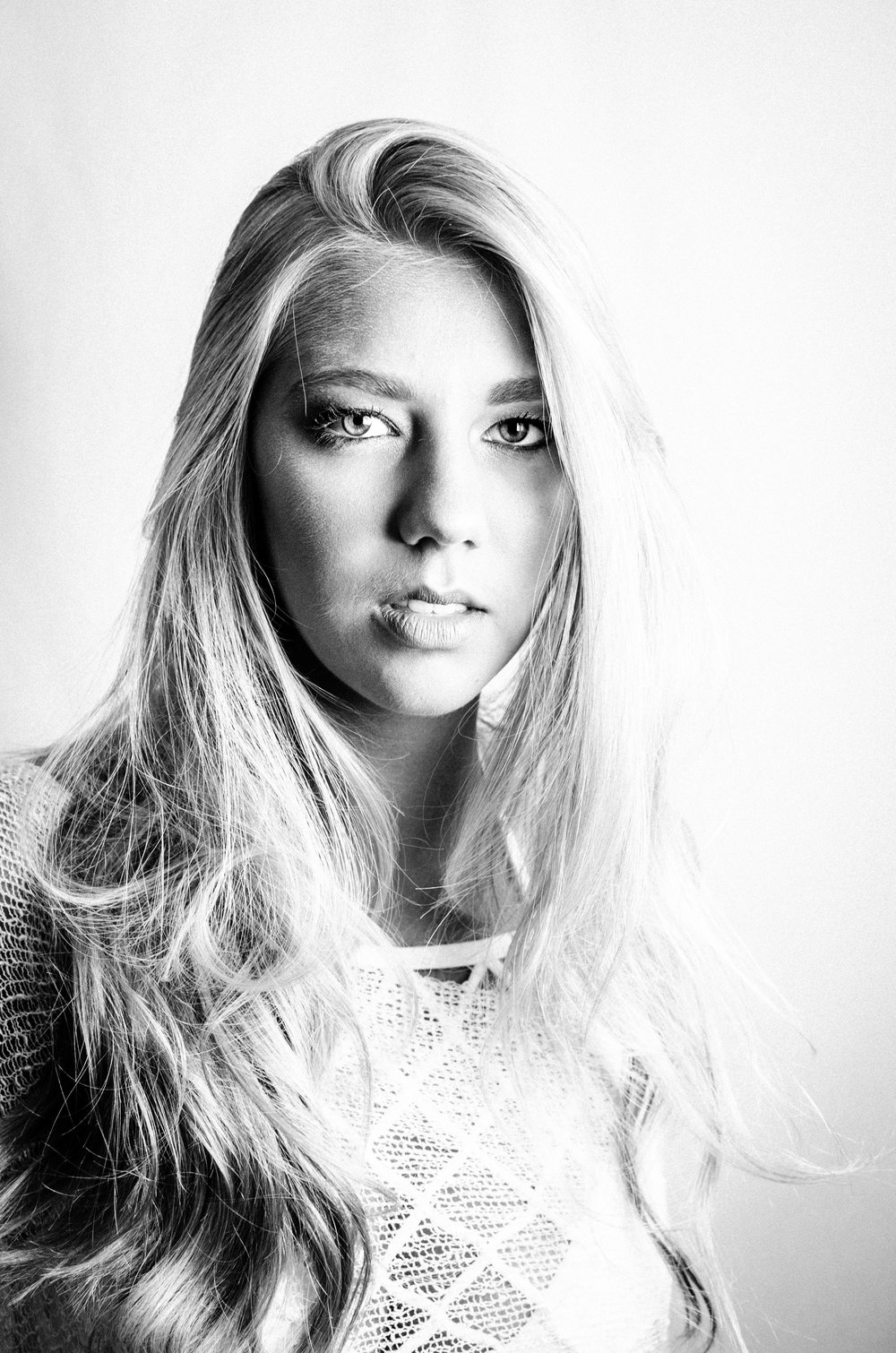 shelby+headshots_previews+(13+of+14).jpg