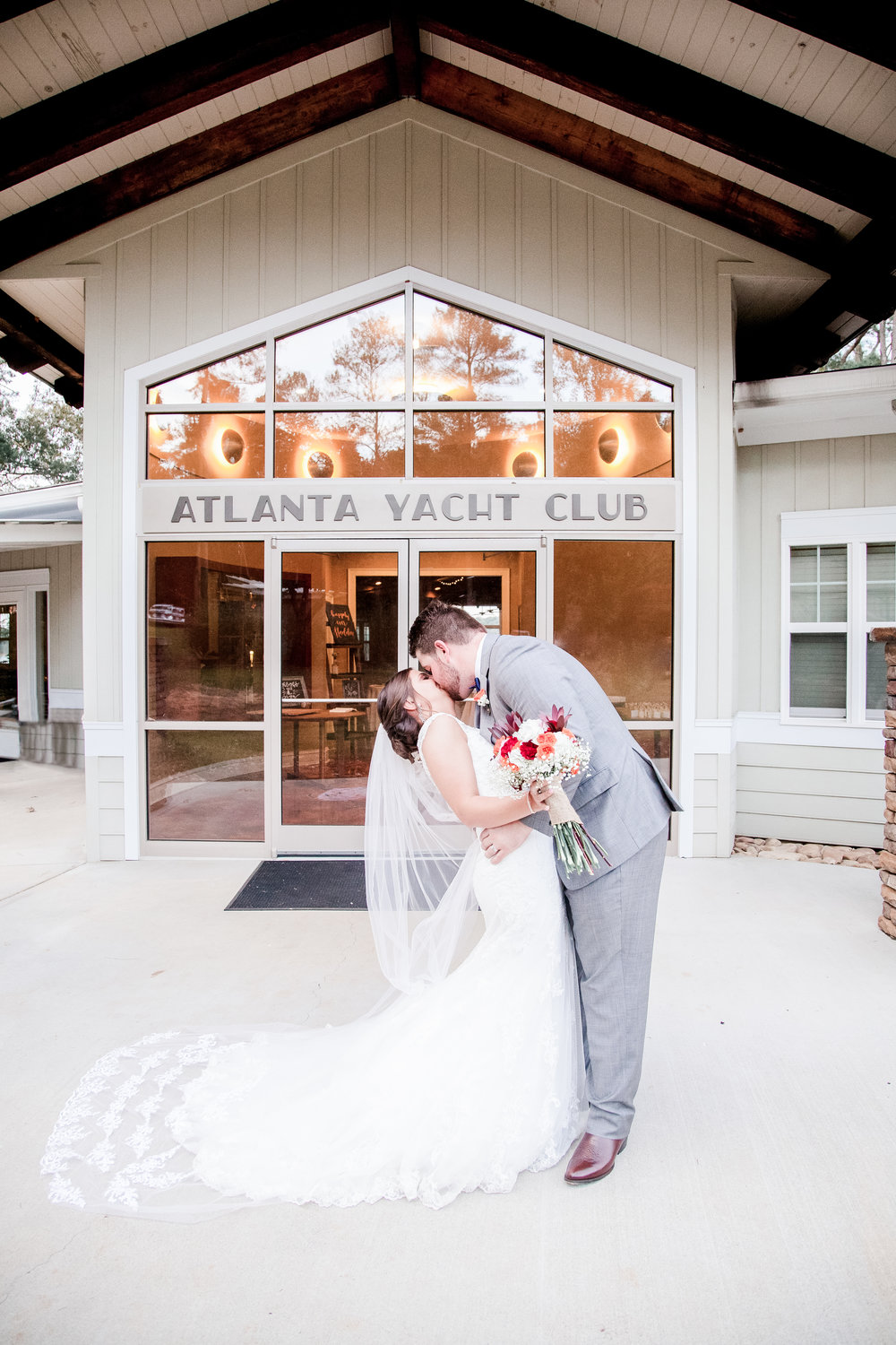 atlanta yacht club wedding Acworth Georgia