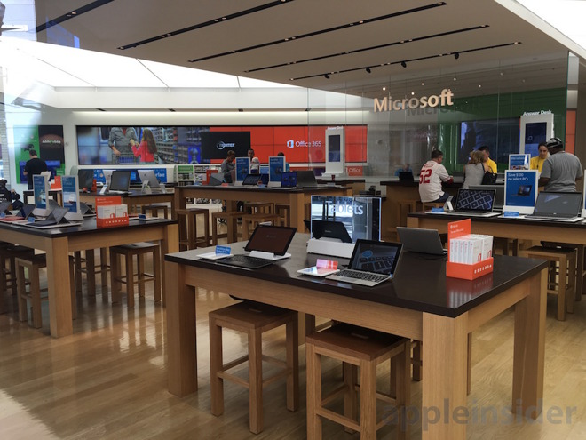 Portland, Oregon Microsoft Store looks as empty as any in the chain