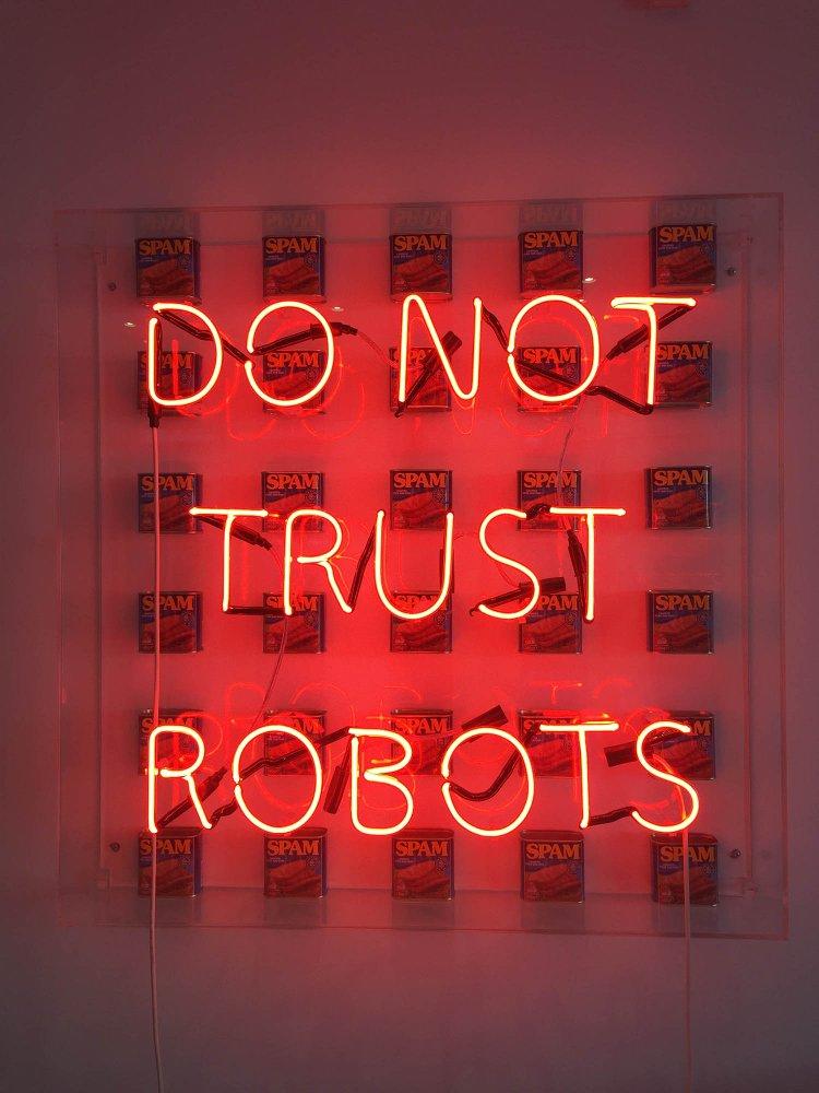 do+not+trust+robots.jpg