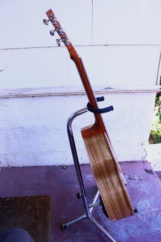 RB-0 Acoustic guitar