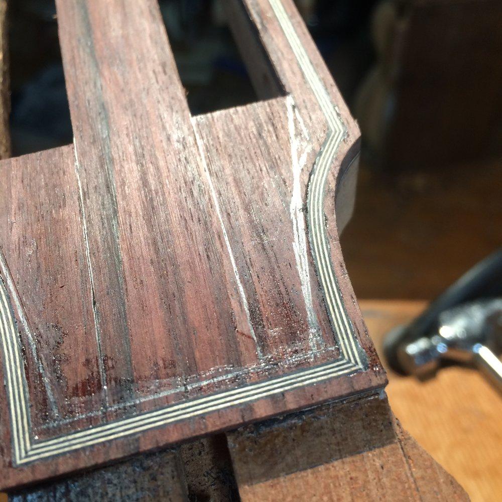 headstock binding