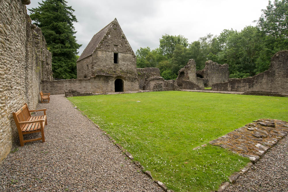 Inchchmahome-Priory-0246.jpg