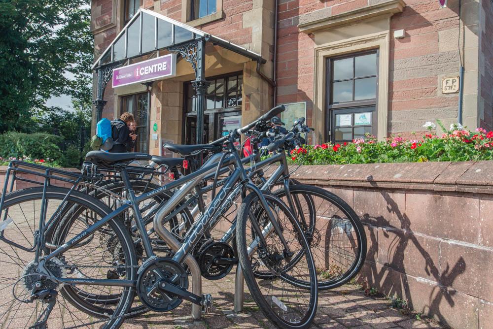Balloch's Visit Scotland I-Centre