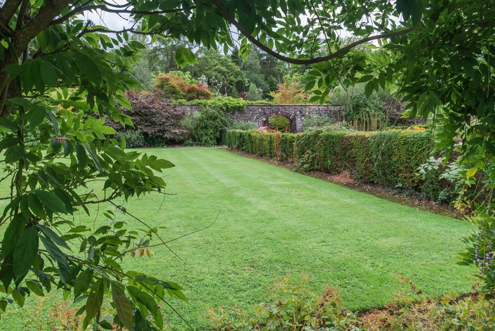 Walled-Garden-Balloch-Castle-Country-Park-3275.jpg