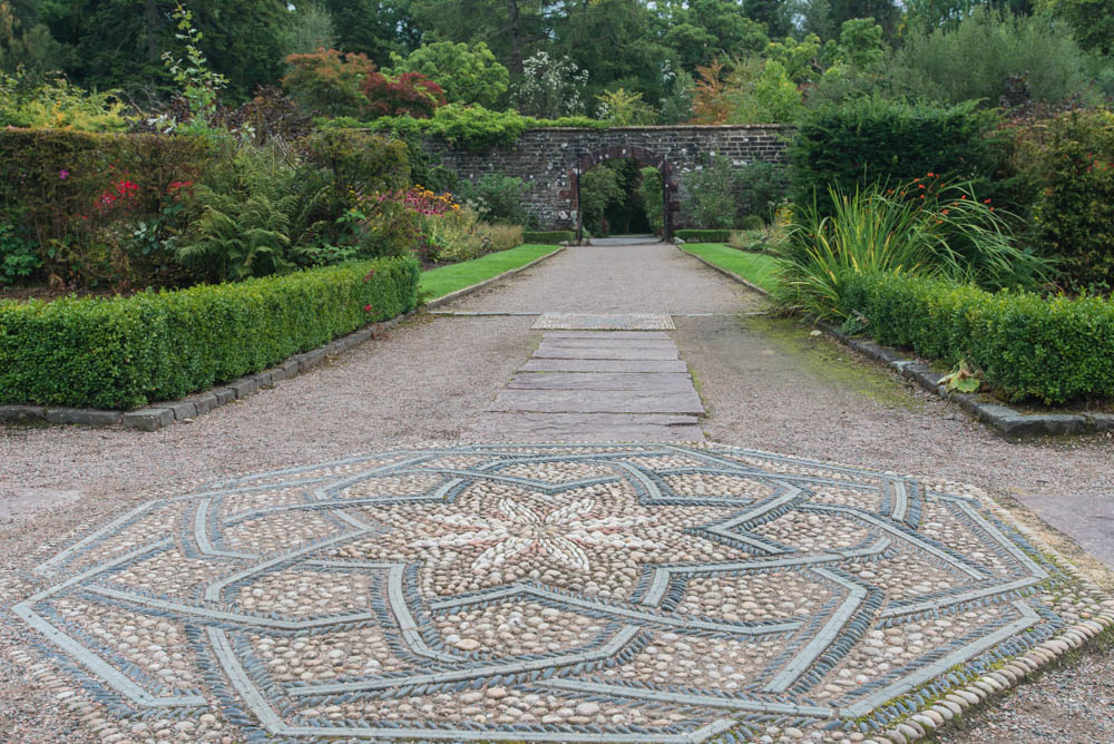 Walled-Garden-Balloch-Castle-Country-Park-3266.jpg