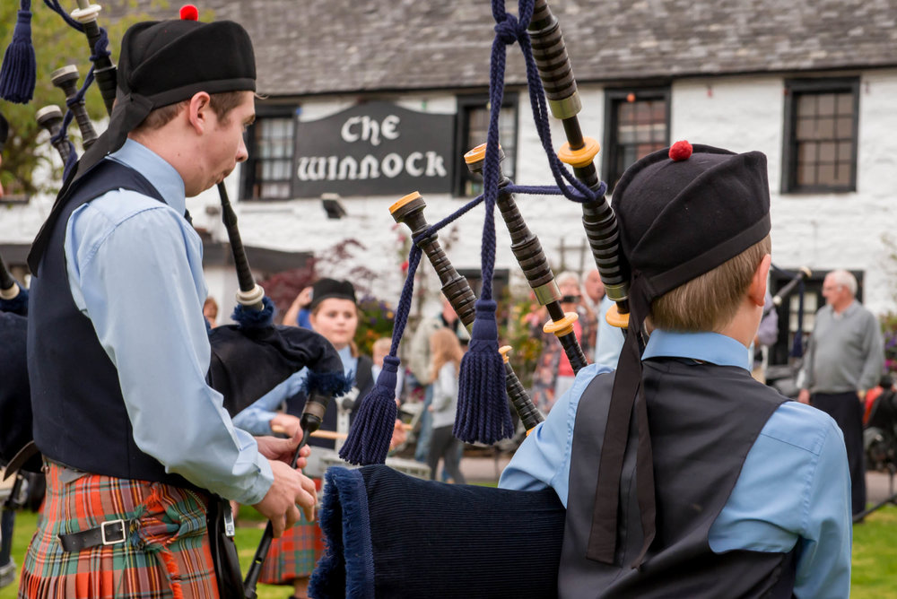 Piping In The Square, Drymen