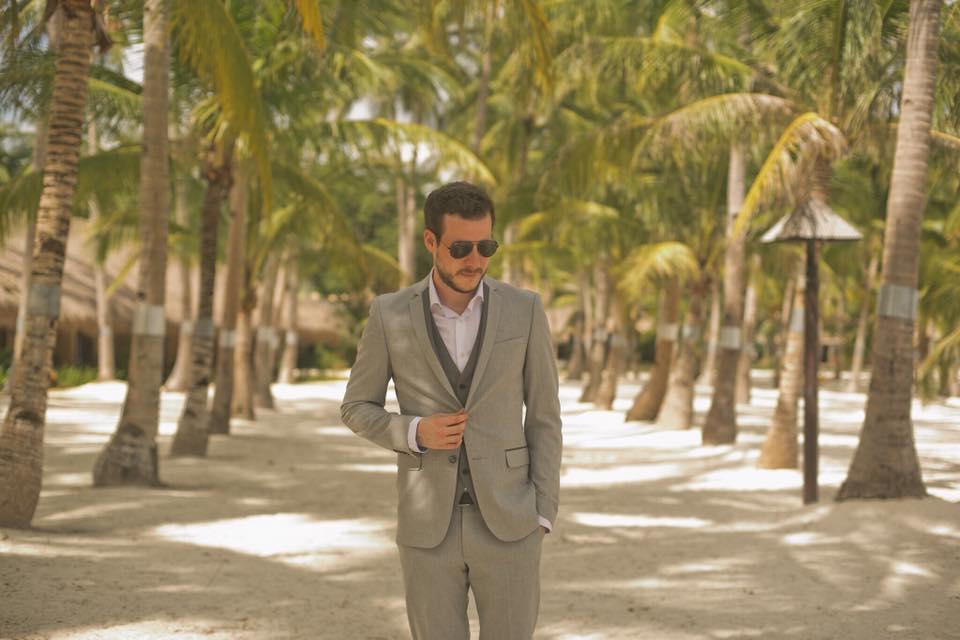 Wedding Magician Beach Entertainer Host Asia