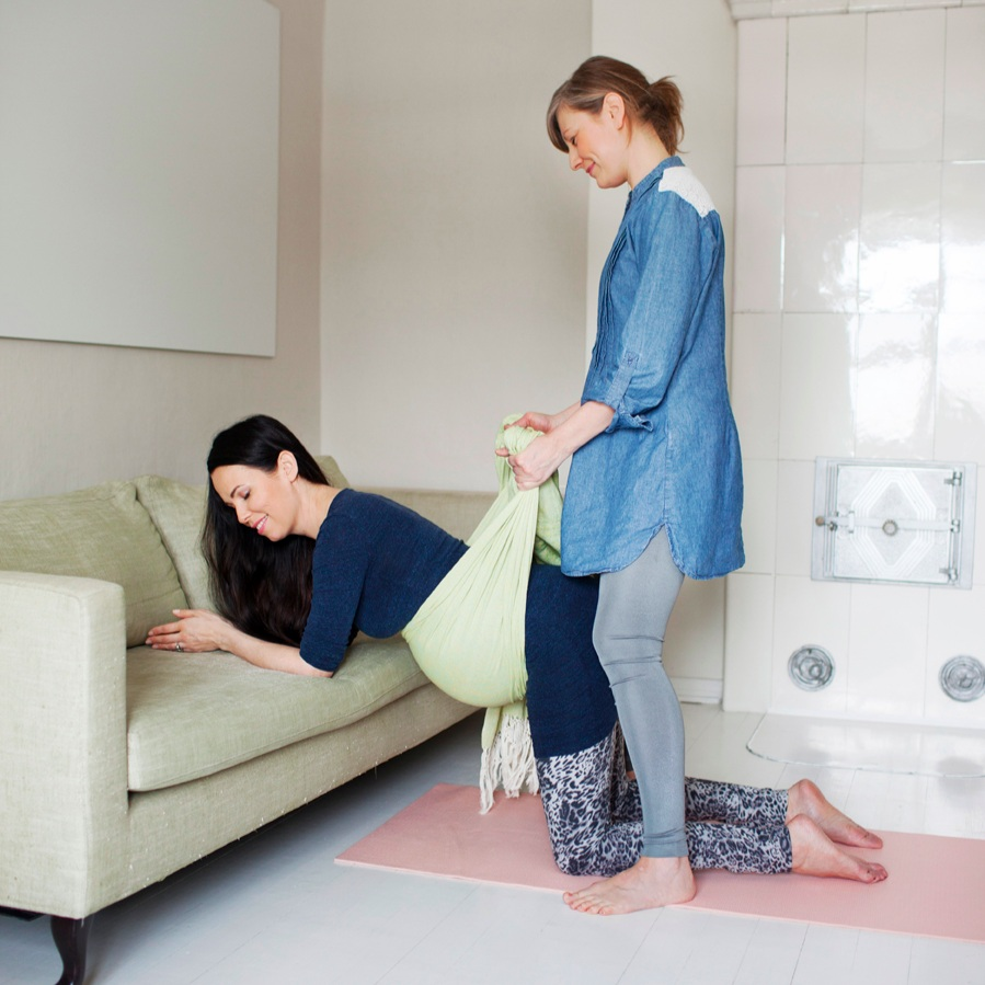 Supporting techniques for pregnancy. Pic by Liisa Valonen.