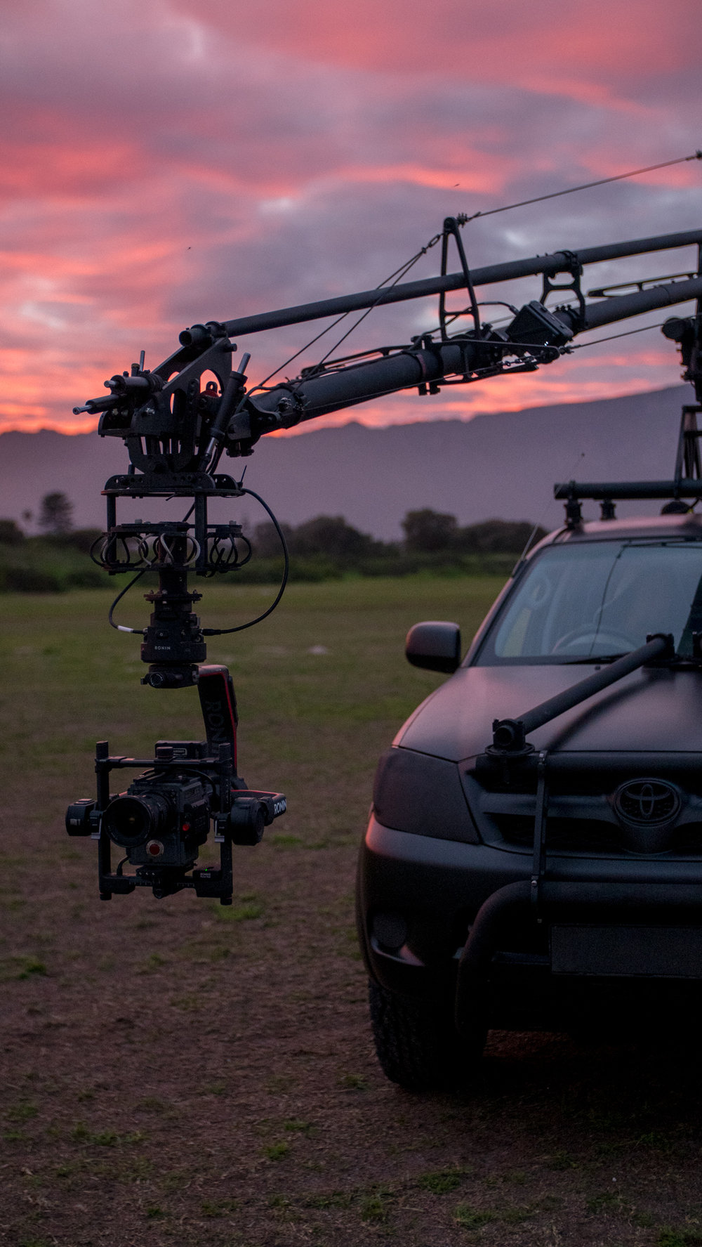 Arm specs   - Fully wireless remote controlReach from fulcrum: 2.5mFulcrum from ground: 2.7mHeight from ground to camera 5.2mLength of boom: 4.27mBoom rotation: 360° Speed: 6 sec/360° Operational angle: ±45° Max lens height front back: 4.6mCamera payload capacity: 9kgHeight clearance: 3.3mWeight: 180kg4 person wireless communication devices5 wired HD video taps5051 aluminium marine gradeTrained remote arm operator