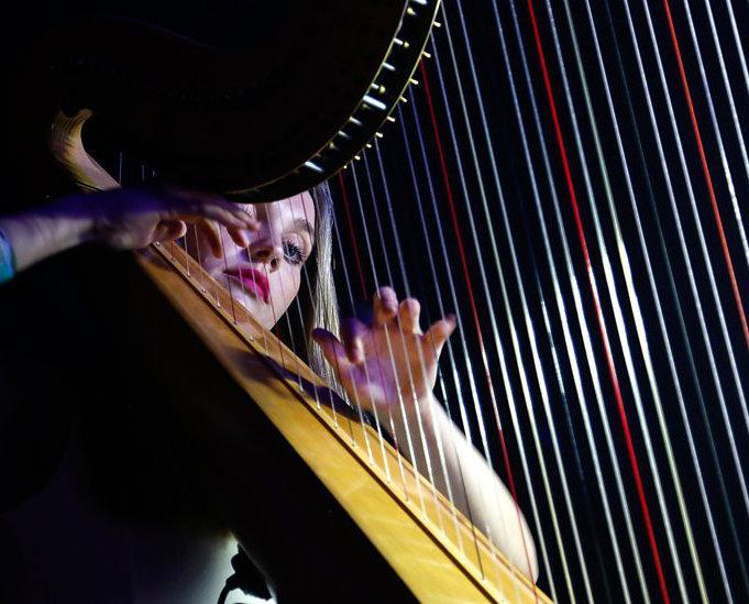 OLIVIA JAGEURS (Harp)