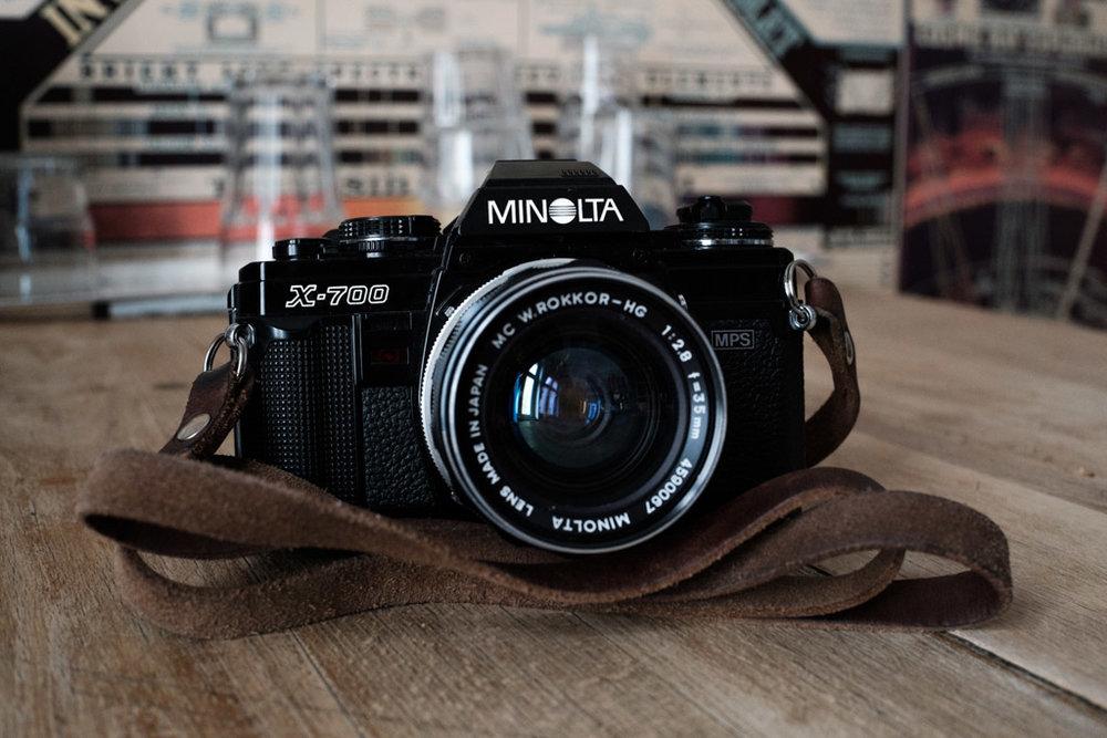Minolta X-700 mit MC W.Rokkor–HG 1:2.8 f=35mm