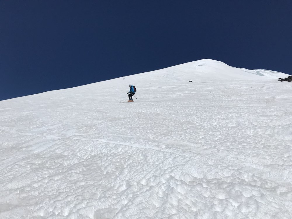skiing on a grand scale - Lunch Counter, Washington