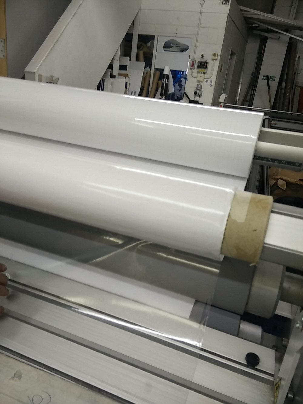 LAMINATOR SEAL 62 PRO S - SEAL 62 PRO Slaminates boards up to 1600mm wide with clear protective matt or gloss film