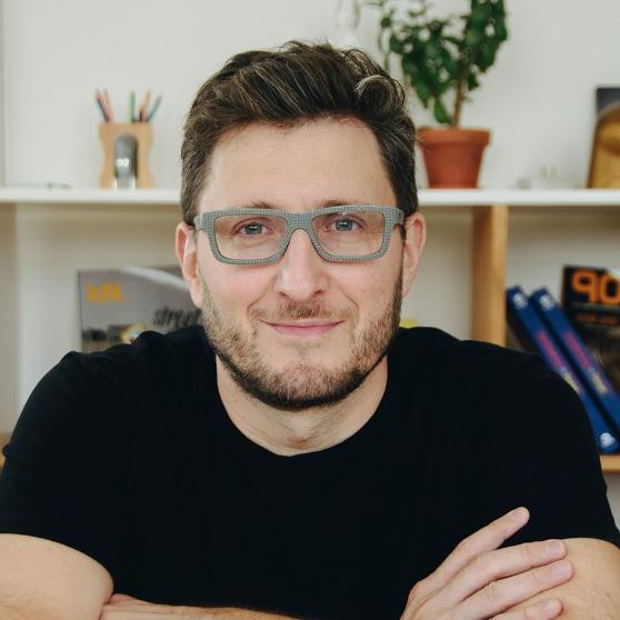 Mariano Farías   Executive Director  / Partner
