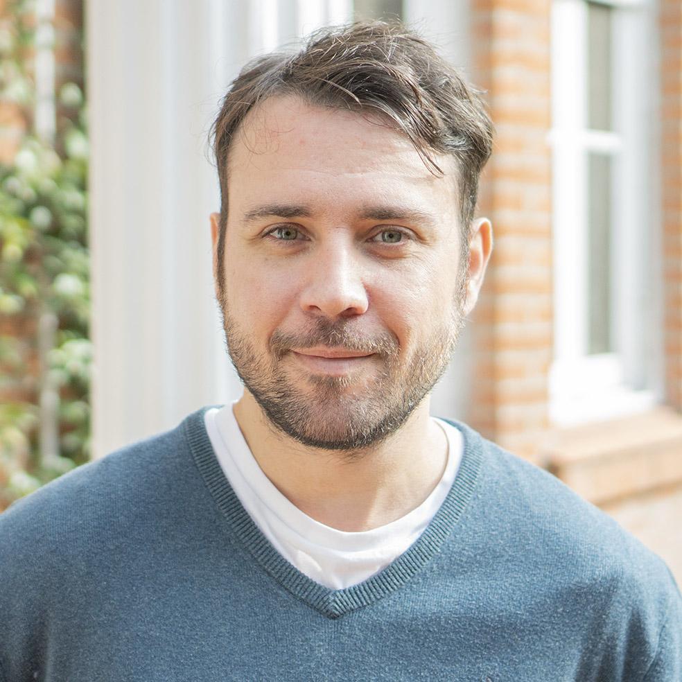 Hernán Estevez   Motion Director  / Partner