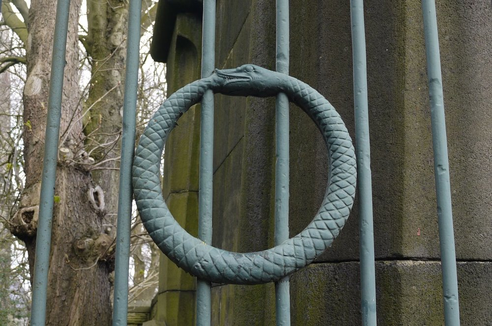 sheffield-general-cemetery-serpent.jpg