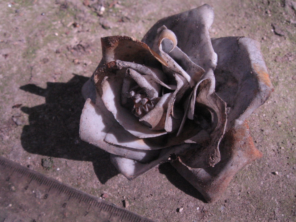 96 - SF 2, ceramic rose.JPG