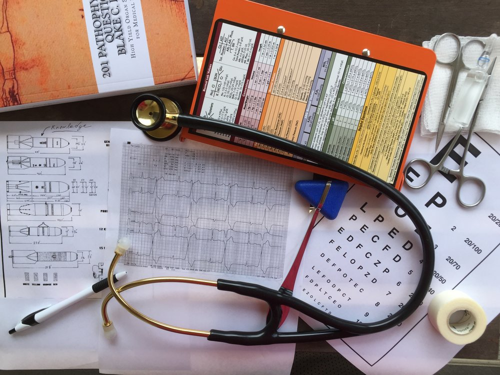 Never has there been a more convenient way to prepare for EM examination...in an entertaining way -