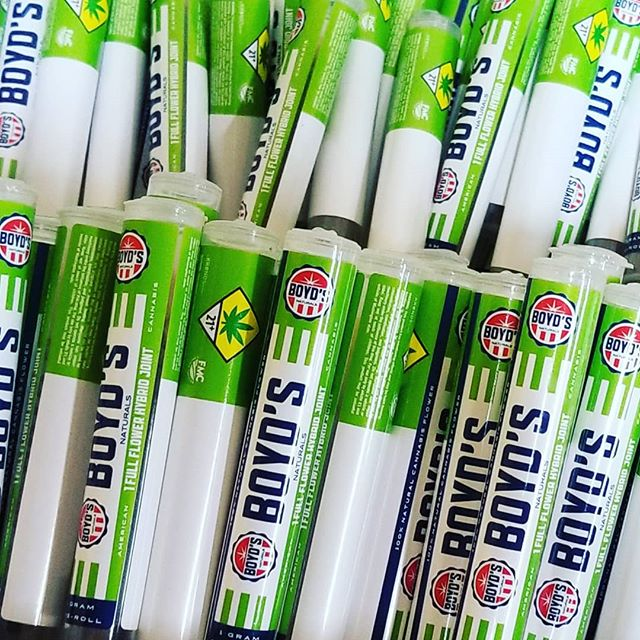 Fresh tubes of full flower! Boyd's Pre-Rolls now available. Please check your local WA State Cannabis store. Best Value around!⁣ ⁣ #rollboyds #harmonyfarms #washingtonweed #weedporn #i502 #legalweed #fairmarketcannabis #cannabiscommunity #hemp #cannabis #blunts #cbd #instacannabis #cannabis420 #weedsociety #potheadworld #cannabisheals #stayblazed #dailycannabis⁣ ⁣ WARNING: This product has intoxicating effects and may be habit forming. Smoking is hazardous to your health. There may be health risks associated with consumption of this product. Should not be used by women who are pregnant or breast feeding. Keep out of reach of children. Marijuana can impair concentration, coordination, and judgement. It is illegal to operate a vehicle or machinery while under the influence of marijuana. This product is unlawful outside Washington State.