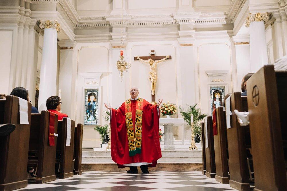 floor-father-kelly-homily-sermon-mass-st-francis-de-sales-church-new-york-city.jpg