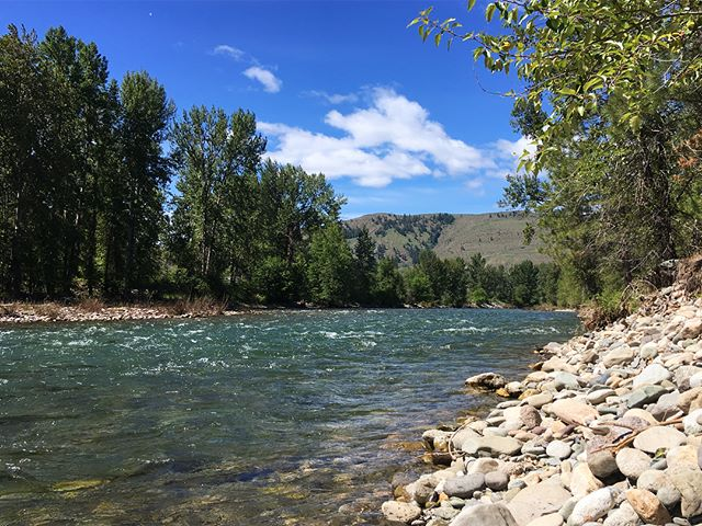 Wow we have a beautiful hospital district. Had the pleasure of heading up into the Methow Valley to visit our friends in @twispwa and @winthropwa this week. Nothing quite like mountain air and running rivers.