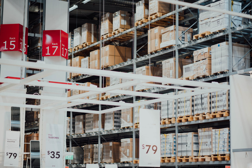 Our proprietary technologies deliver site-specific vehicle navigation and infrastructure-free pallet handling that adapts to changing floor configurations and warehouse demand. -