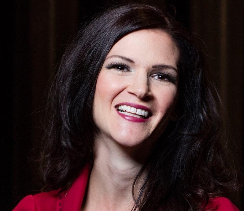 Christine McAlister is the founder of Life with Passion that she started to help women leave their 9-5 and replace their income with a business they're passionate about.
