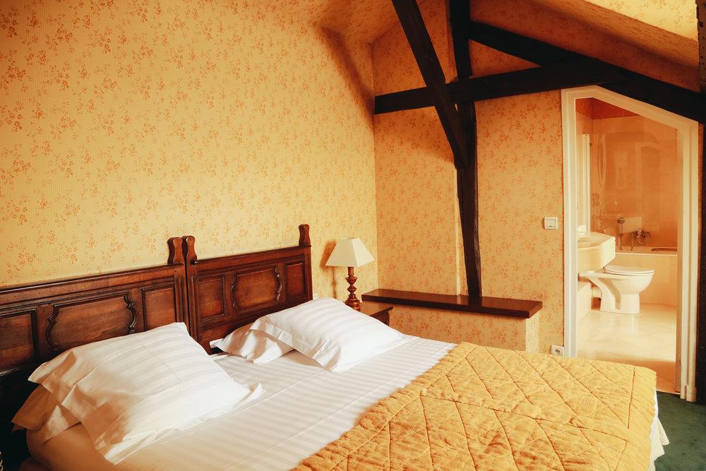 Hotel De La Bretonnerie_-2.jpg