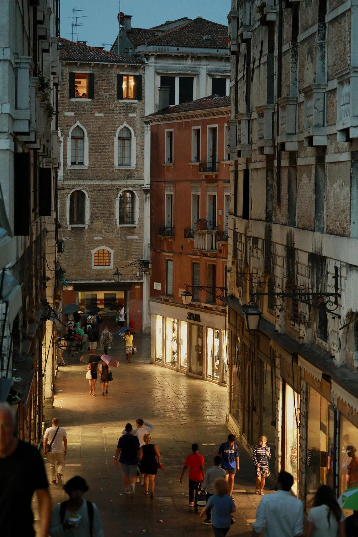 Venice LO-920.jpg