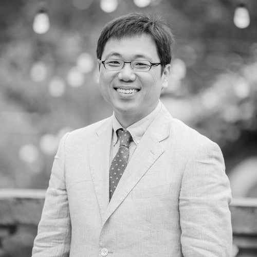 Dr. Kim brings data, econometric and statistical experience to ACERTAS, decoding patterns and insights in apparent complexity