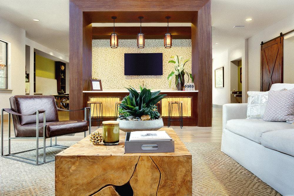 lounge 2 SM.JPG