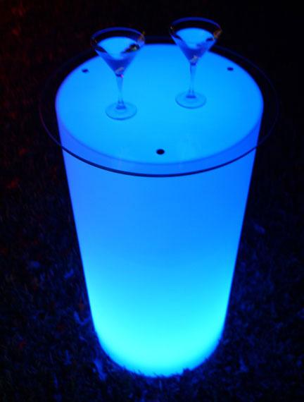 blue round glow.jpg