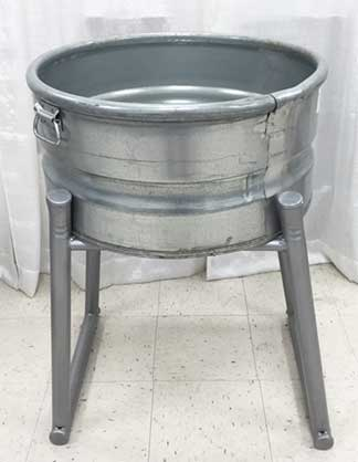 Heavy Duty Round Tub w/Stand  $32.50