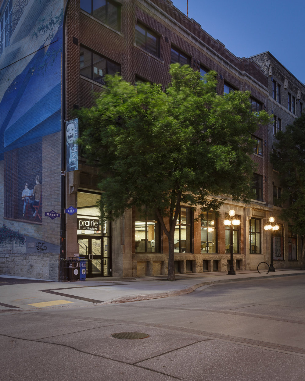 139 Market, exterior photo of building at dusk / Photo:  Lindsay Reid