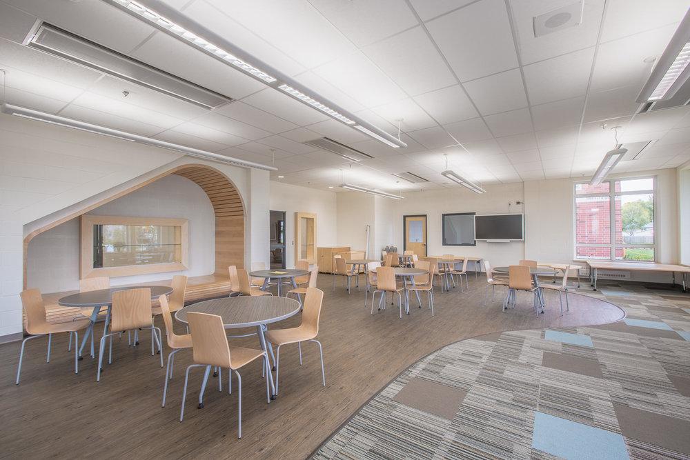 Ecole Rivière Rouge Elementary, interior photo of common area / Photo:  Lindsay Reid