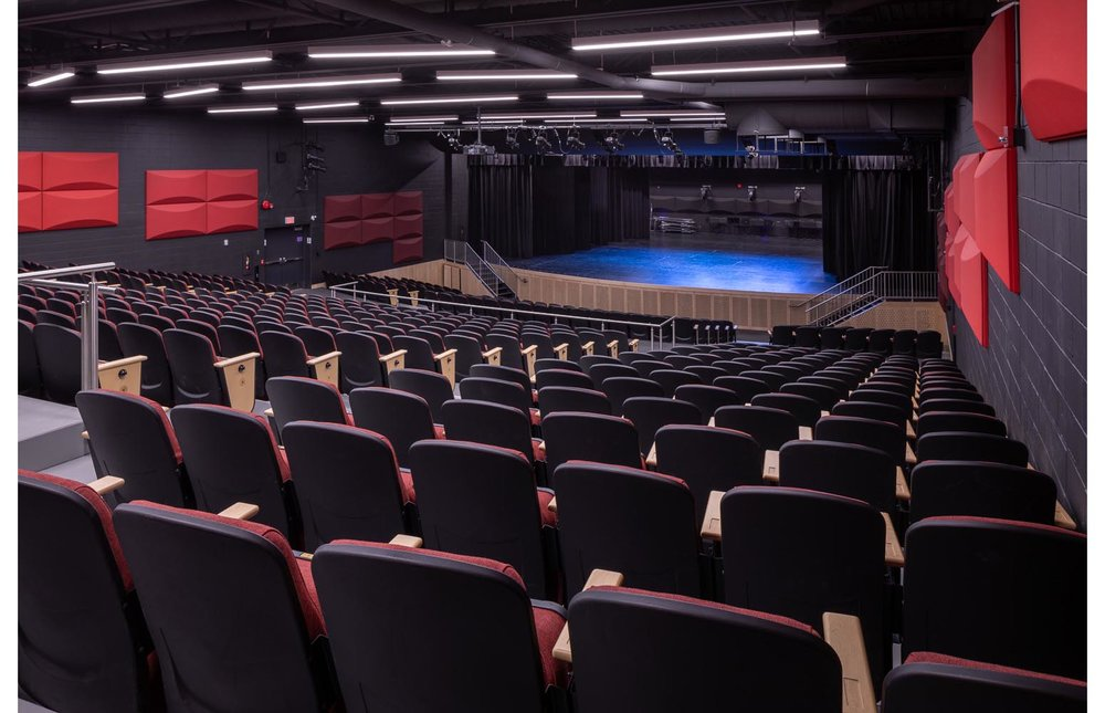 Seven Oaks Performance Arts Centre, interior photo of the theatre / Photo:  Lindsay Reid