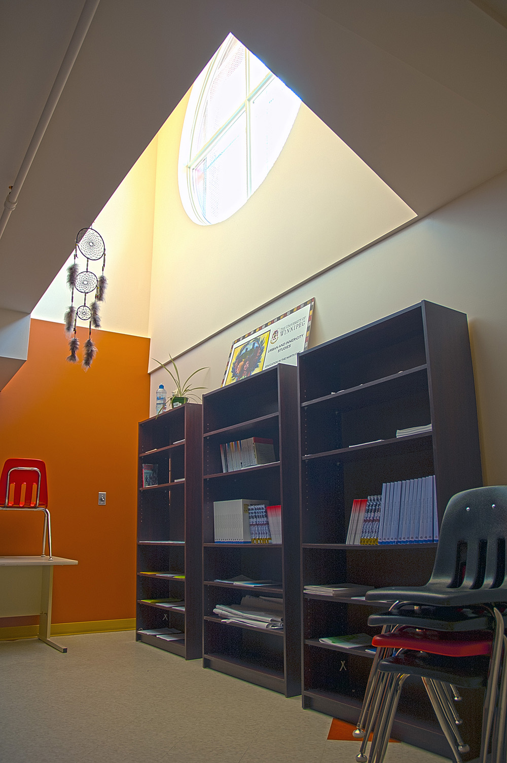 Makoonsag Daycare, interior photo of light wells / Photo: Derrick Finch