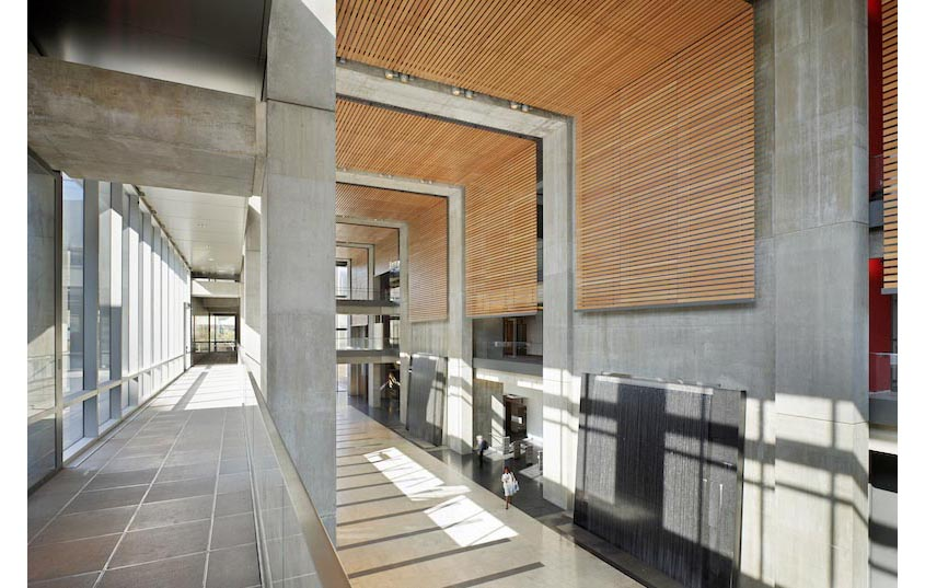 Manitoba Hydro Place, interior photo atrium from second floor / Photo: Tom Arban