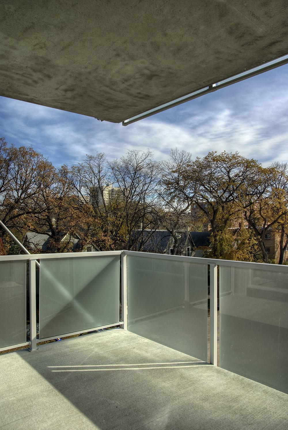 Pulse on River Condominiums, interior photo of balcony / Photo: Bryan Scott