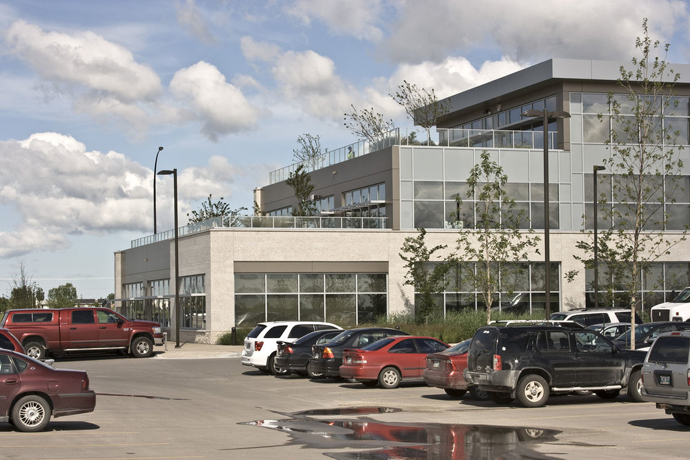 Qualico Winnipeg, exterior photo of building / Photo: Tracy A Wieler