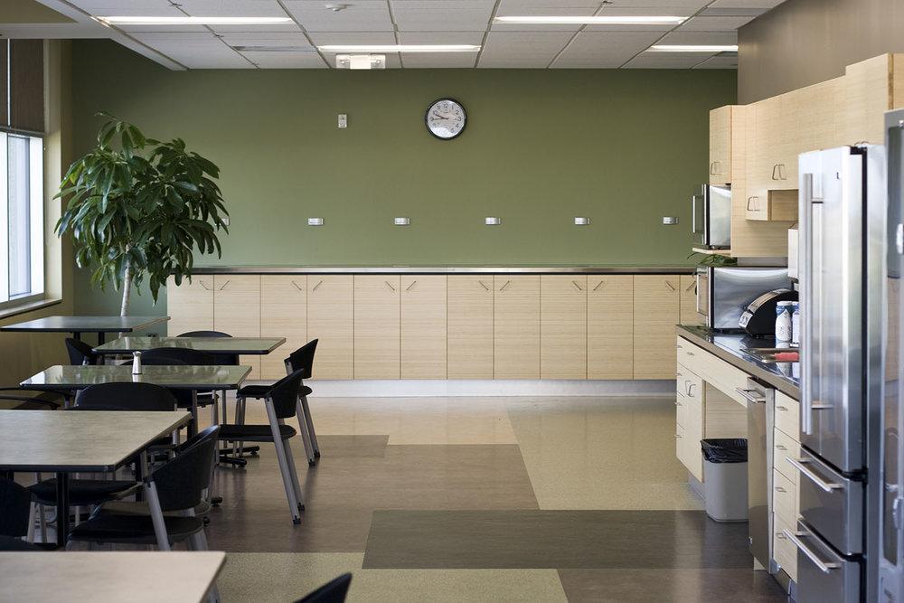 Qualico Winnipeg, interior photo of kitchen / Photo: Tracy A Wieler