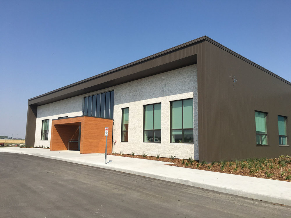Seven Oaks Learning & Service Facility, exterior photo of building
