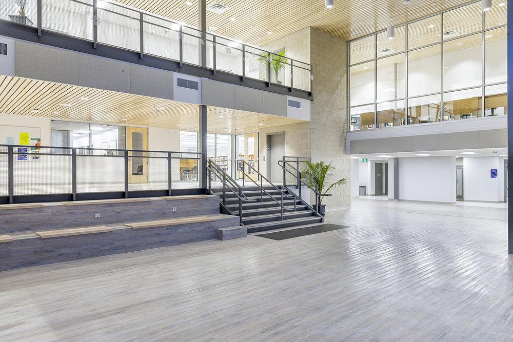 Westgate Mennonite Collegiate, interior photo of common area