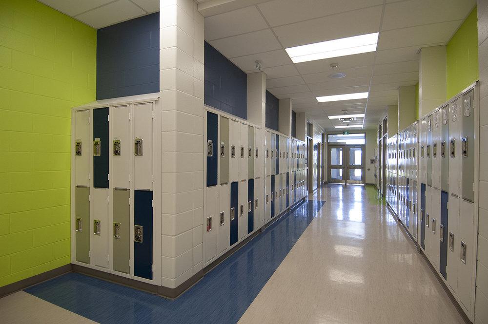 Woodlands-School-int-lockers.jpg