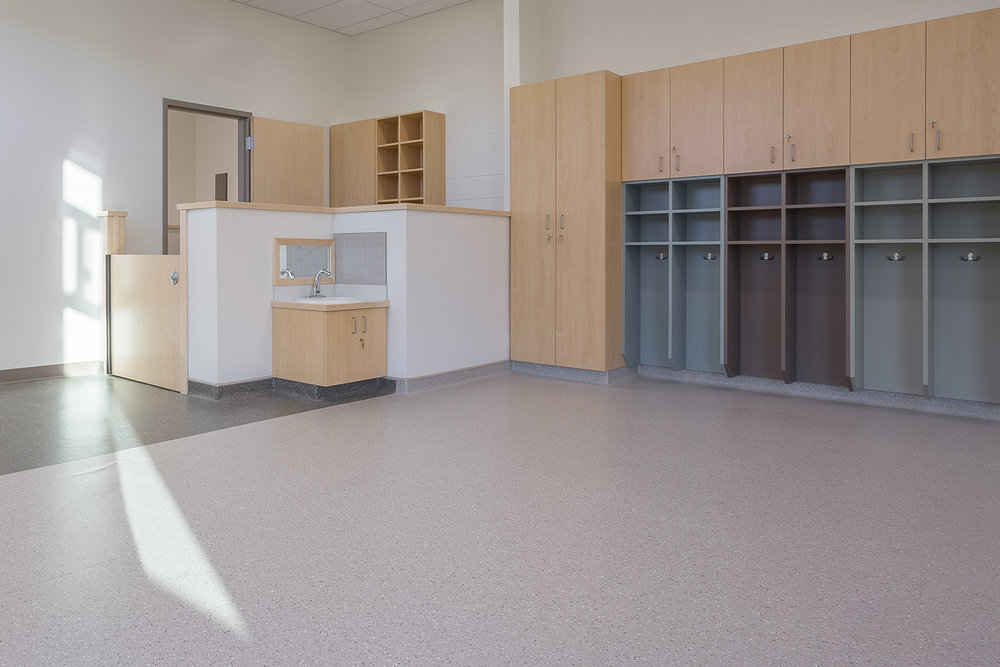 Ecole-Riviere-Rouge-interior-daycare4.jpg