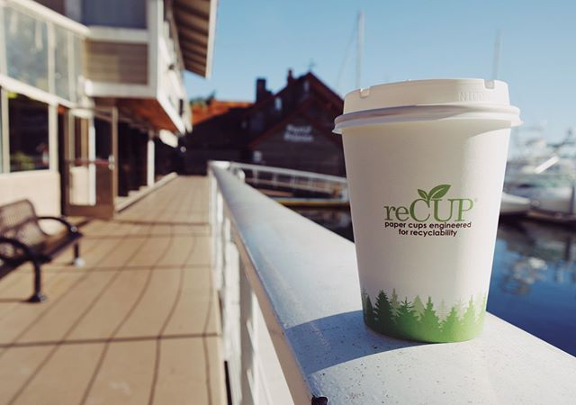 Did you know that most paper cups cannot be #recycled? We have the solution! . . Traditional paper cups use a 100% polyethylene (plastic) lining. Instead, #reCUP has a mineralized resin called #EarthCoating, an innovative barrier coating that replaces up to 51% of the plastic with minerals.  A simple change to the coating provides the #recyclingindustry with paper cups that are easily #recycled today! ♻️